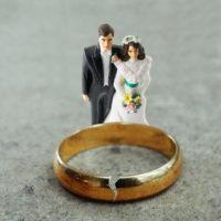 couple Divorced w:broken ring