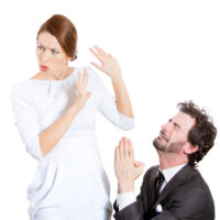 Husband beggin wife to reconsider Divorce